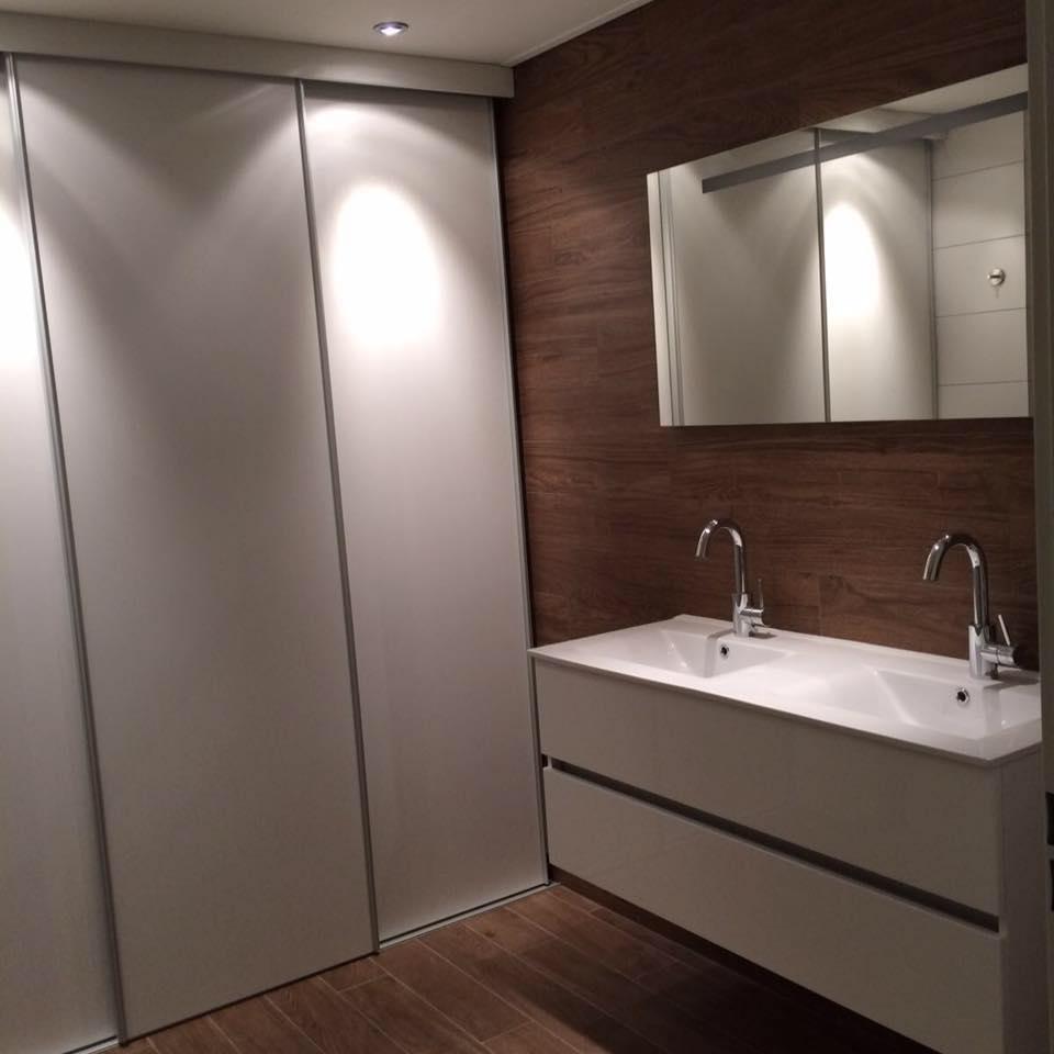 Badkamermeubel modern wit Van Doren Keukens en interieurs