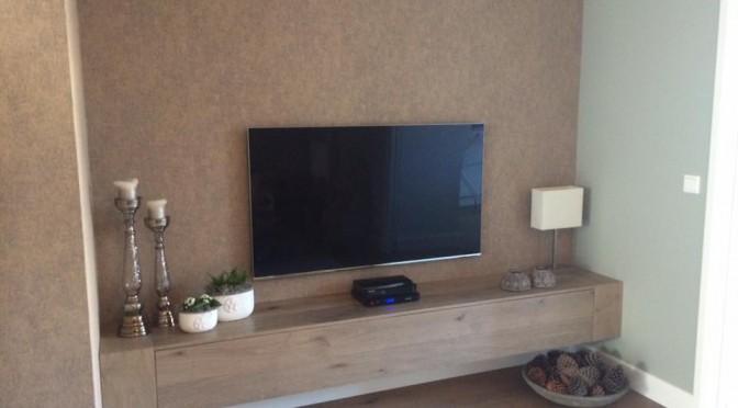 TV-kast met één lade